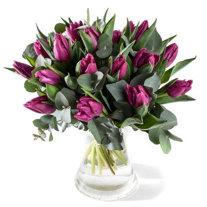 Paarse tulpen boeket