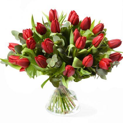 Rode tulpen boeket
